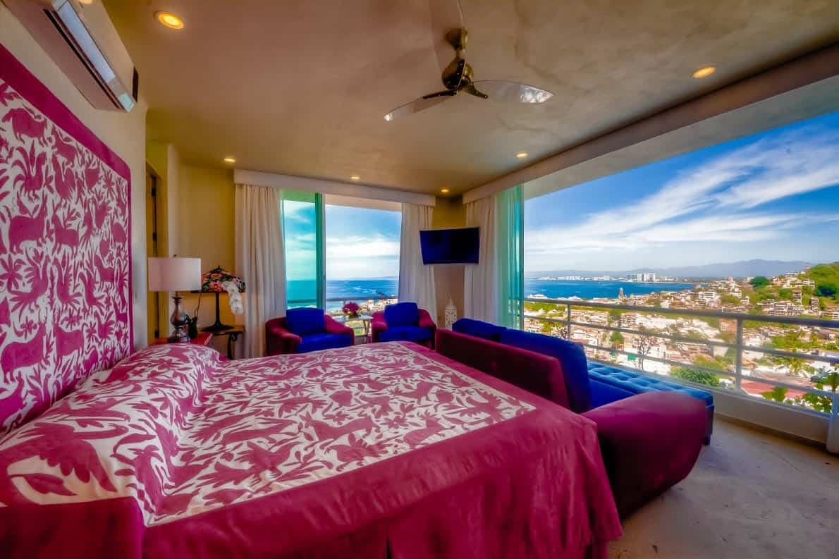 la tiffany bedroom