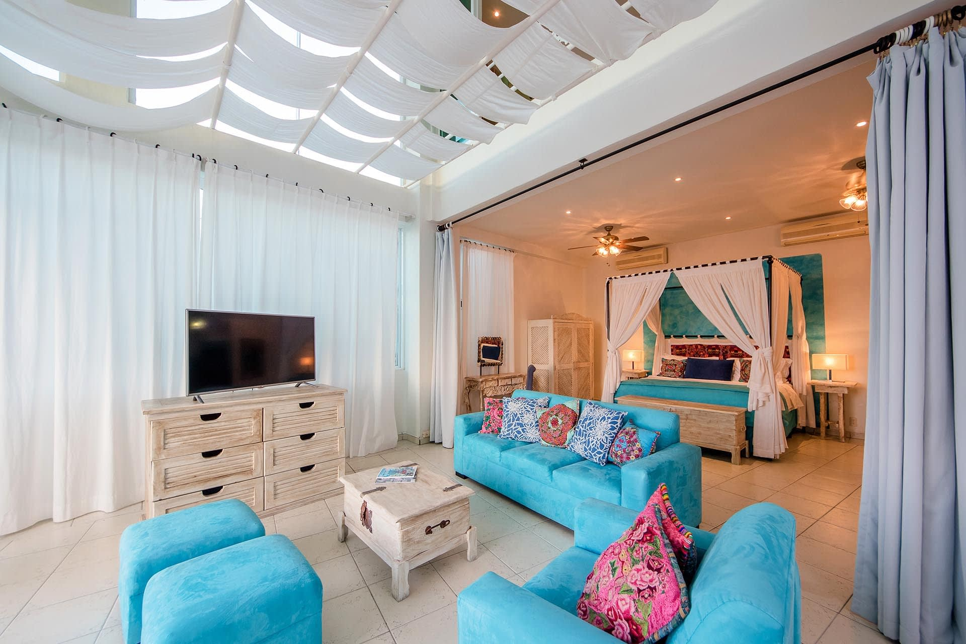 casa yvonneka bedroom
