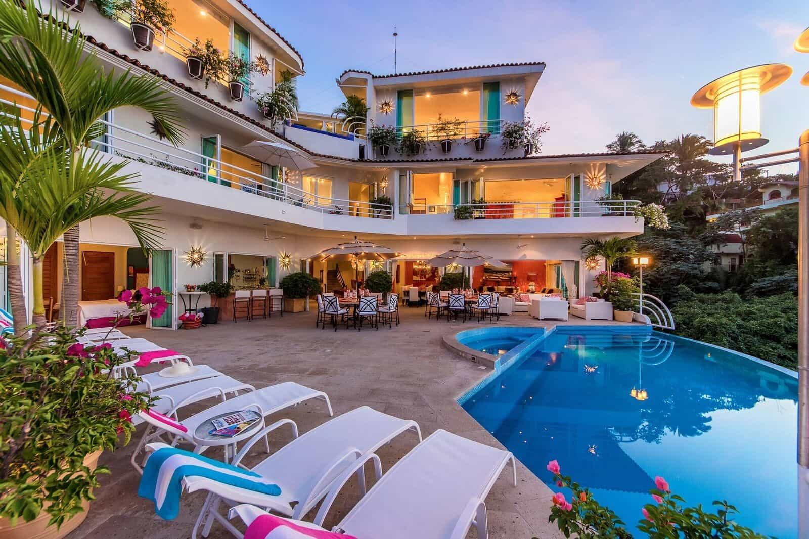 Pool casa Yvonneka